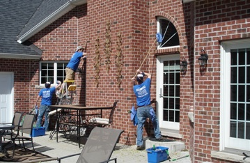 window cleaning in bloomington il